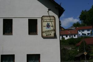 2. Etappe: Bier 2+3, Nürnberger Bratwurst, Sauerkraut, Brot
